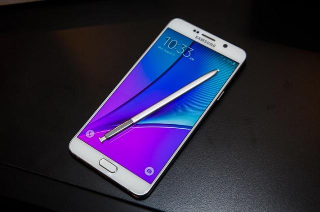 Galaxy Note 5 có 2 phiên bản bộ nhớ trong 32 và 64GB