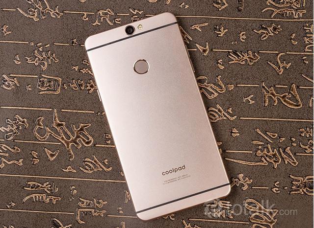 Điện thoại Coolpad MAX