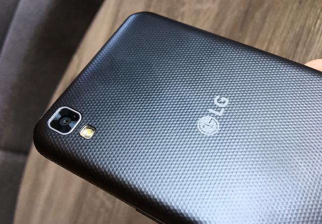 LG X Power - Camera sau cho chất ảnh sáng, chi tiết tốt, tuy nhiên khá ít tính năng