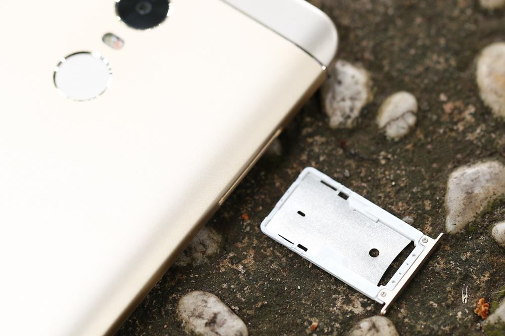 Khe sim điện thoại Xiaomi Redmi Note 4