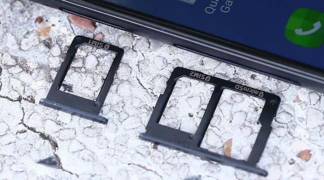 Samsung Galaxy J5 Prime - Với 3 khe gắn ở cạnh máy cho bạn sử dụng được cùng lúc 2 sim và 1 thẻ nhớ