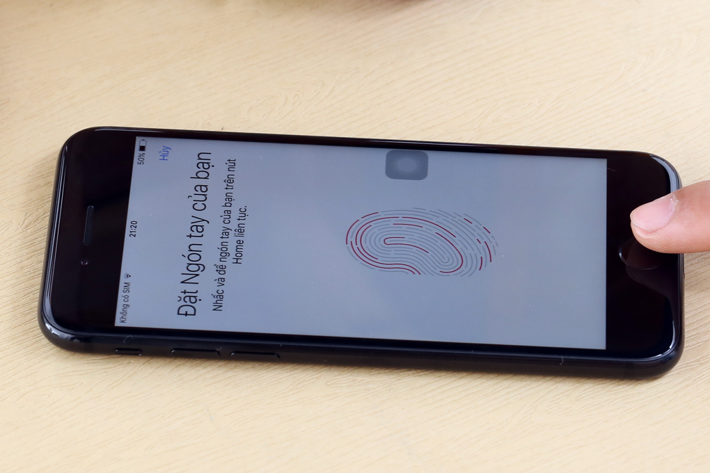 Điện thoại Apple iPhone 7 128 GB | Cảm biến vân tay nhận diện cực nhanh