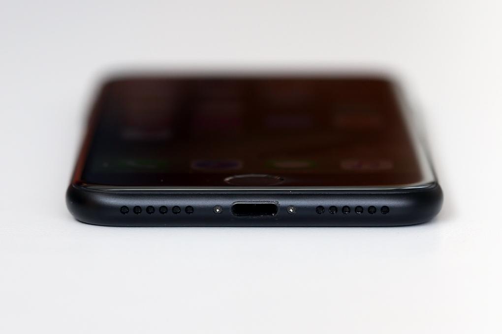 Điện thoại Apple iPhone 7 128 GB | Jack 3.5mm đã chính thức bị