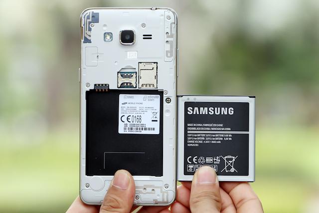 Viên pin trên điện thoại Samsung Galaxy J2 Prime