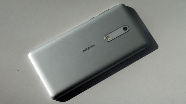 Thiết kế điện thoại Nokia 5