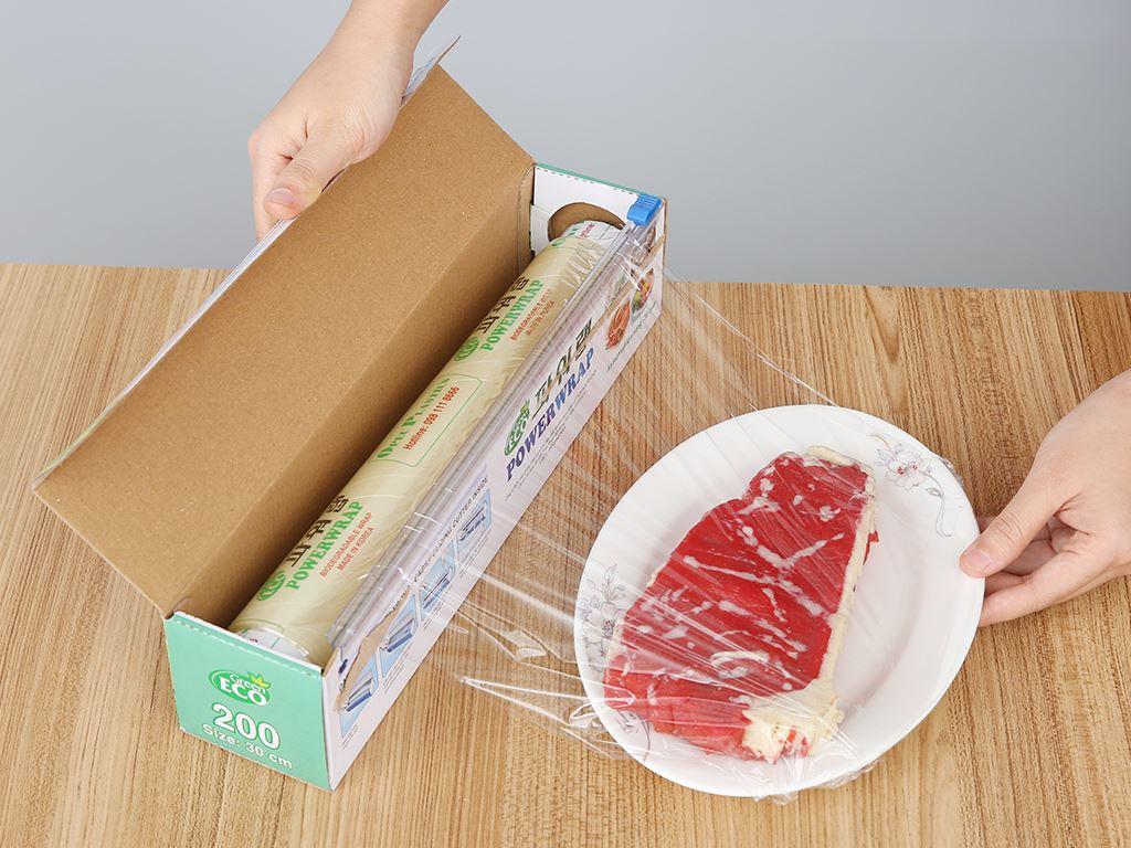 Màng bọc thực phẩm tự huỷ sinh học PVC Green Eco 30cm x 60m 3