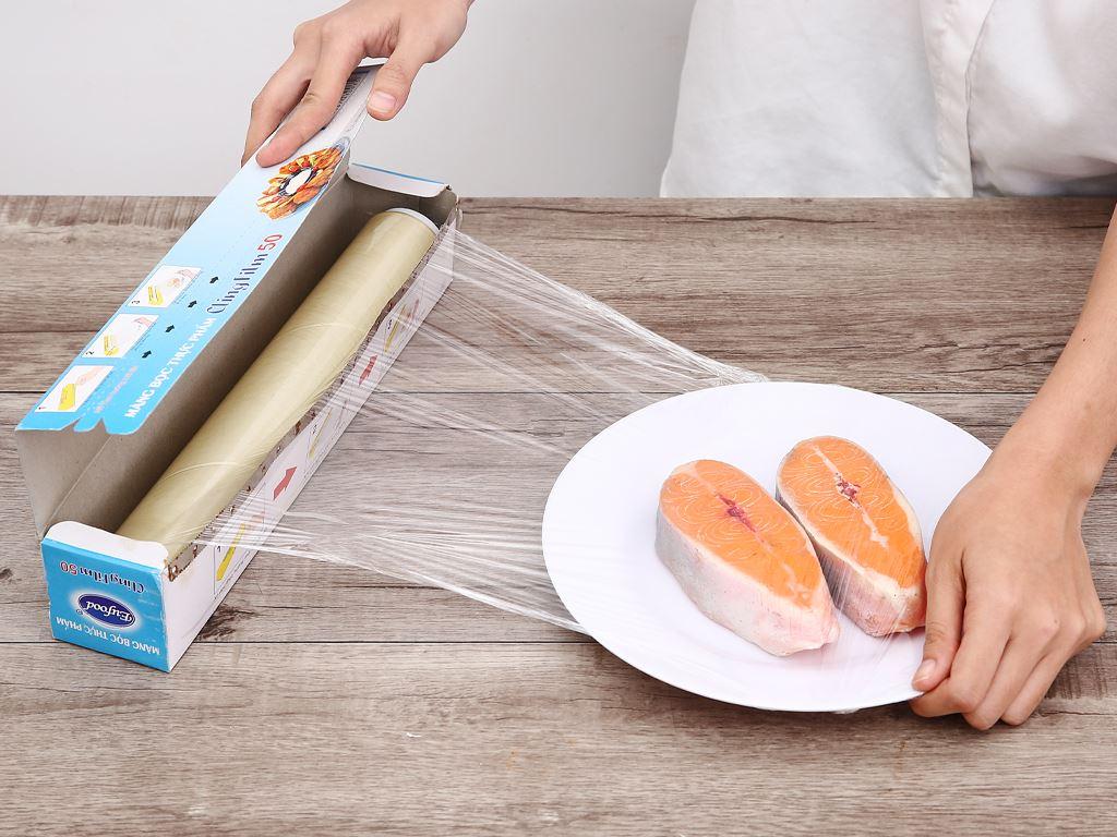 Màng bọc thực phẩm PVC Eufood Cling Film 30cm x 50m 3