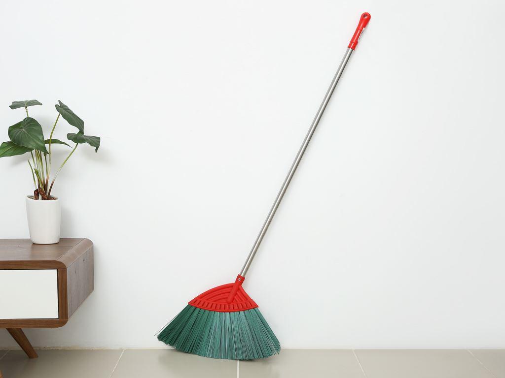 Chổi quét sàn nhựa Mega Home 132 x 46cm 1