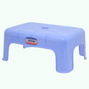 Ghế nhựa Duy Tân 26 x 17 x 15cm (giao màu ngẫu nhiên)