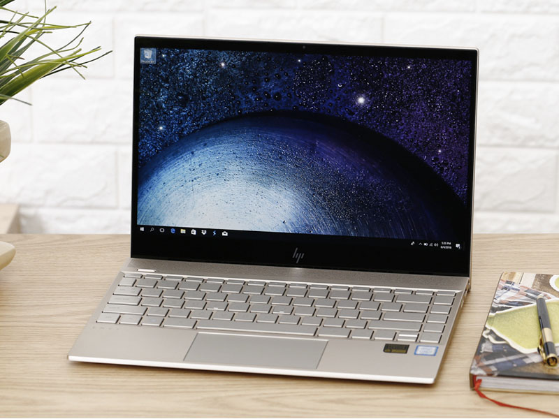 Thiết kế đẹp mắt trên HP Envy 13 ah0027TU i7 8550U