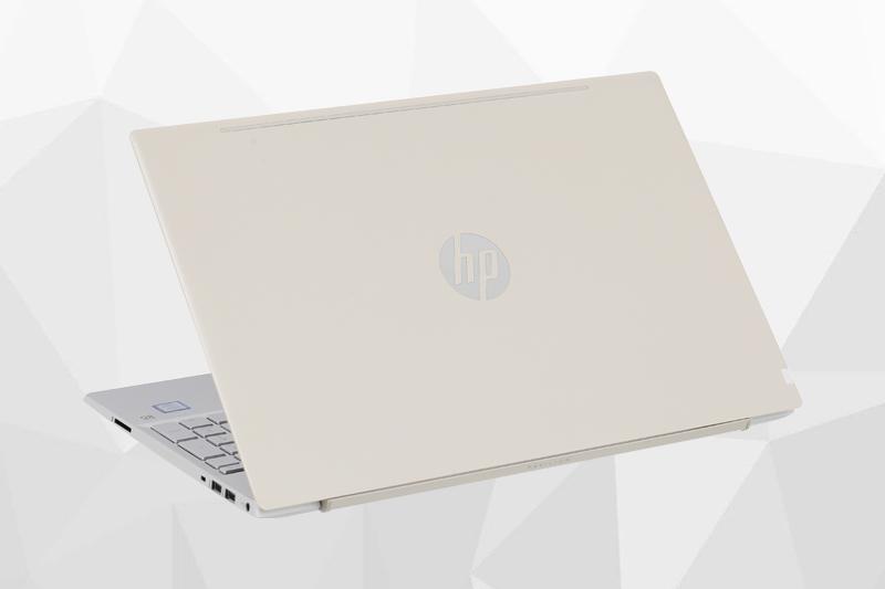 Thiết kế của laptop HP Pavilion 15 cs0018TU i5 8250U