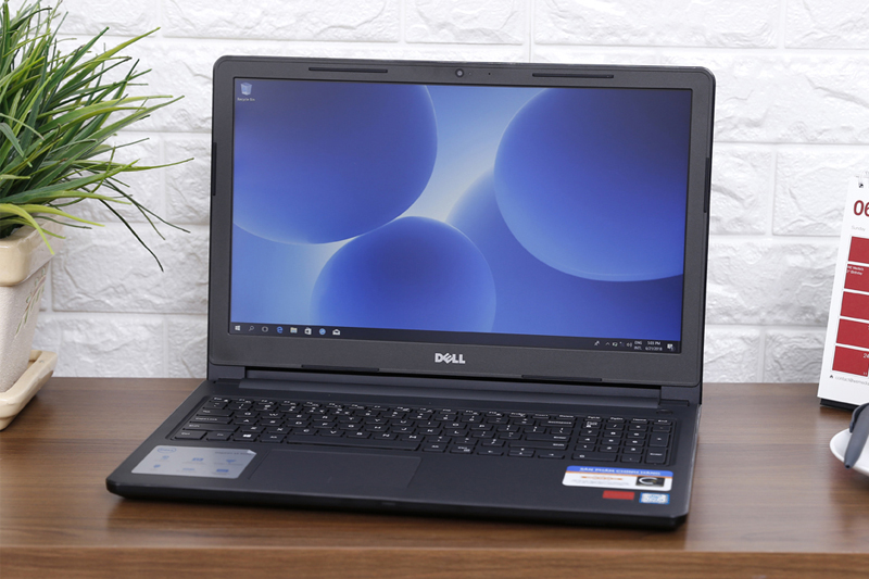 Thiết kế Dell Inspiron 3576 i5