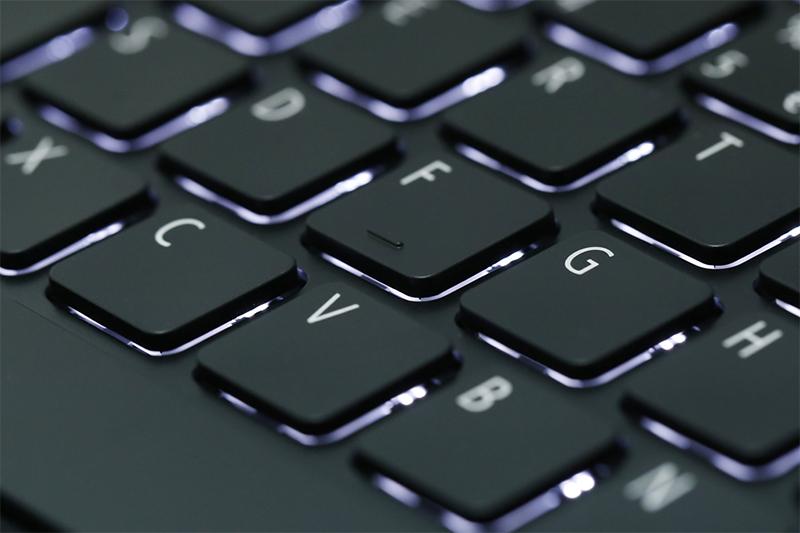 laptop gaming dưới 20 triệu Acer Aspire A715 72G 54PC - Bàn phím với đèn nền tiện dụng | Thegioididong