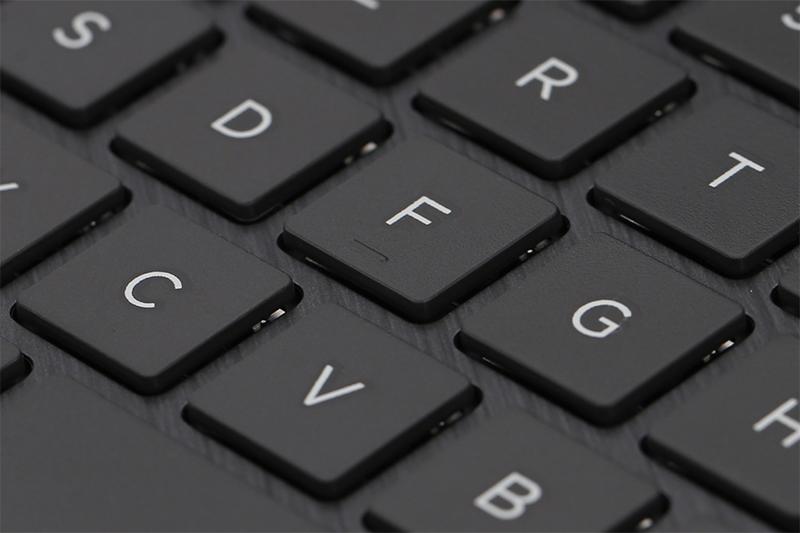 Laptop HP Pavilion x360 ba080TU - Bàn phím rộng, độ nảy tốt | Thegioididong