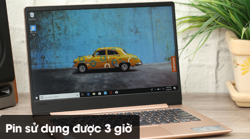 Laptop có pin dùng được 3 giờ đồng hồ