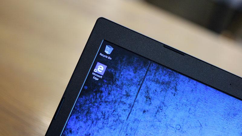 Cận cảnh độ sắc nét màn hình Laptop Lenovo IdeaPad 330 15IKB i5 8250U