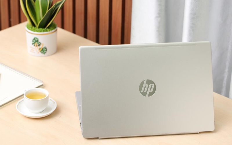 Laptop HP Pavilion 14 có thiết kế thanh lịch, sang trọng