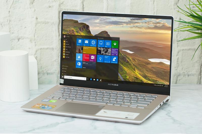 Laptop Asus VivoBook S430FN EB032T không chỉ cho trải nghiệm gõ phím thoải mái mà còn cho hệ thống làm mát hoạt động hiệu quả hơn.