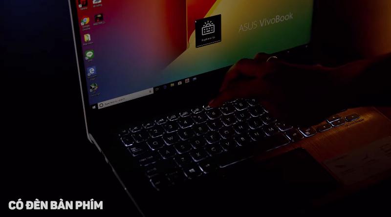 Laptop Asus VivoBook S14 S430FA-EB074T có đèn nền dịu nhẹ
