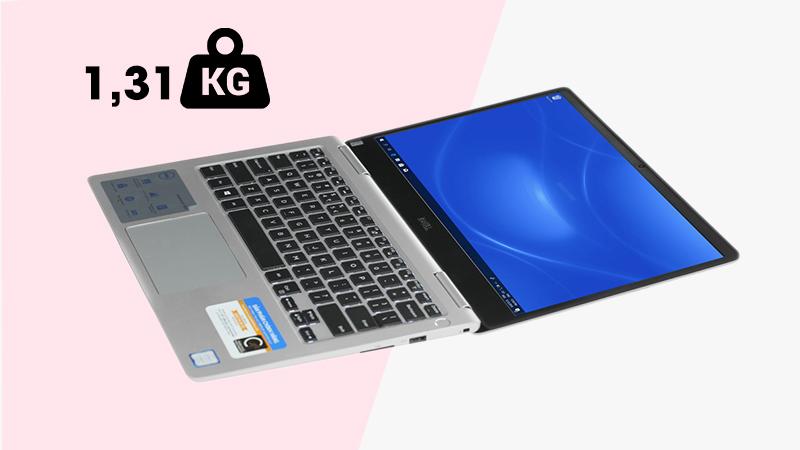 Laptop Dell Inspiron 7370 i7 (7D61Y3) cho phép mở tới 180 độ