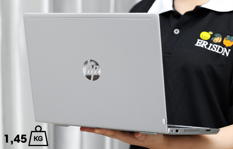 Laptop HP Probook 430  hoàn toàn có thể nằm gọn trong chiếc balo của bạn.