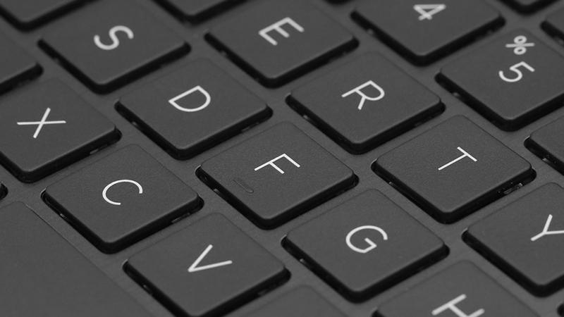 Laptop HP 15s du0040TX đem đến trải nghiệm lướt phím chuẩn xác