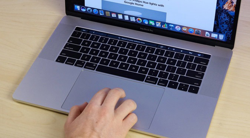 Laptop Apple Macbook Pro Touch 2019 i7 thiết kế sang trọng