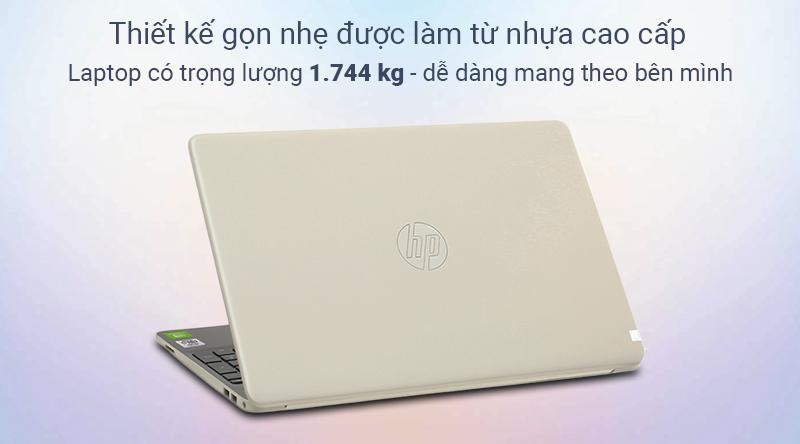Laptop HP Pavilion 15 được hoàn thiện từ chất liệu nhựa với mục đích tối ưu cân nặng cho máy.