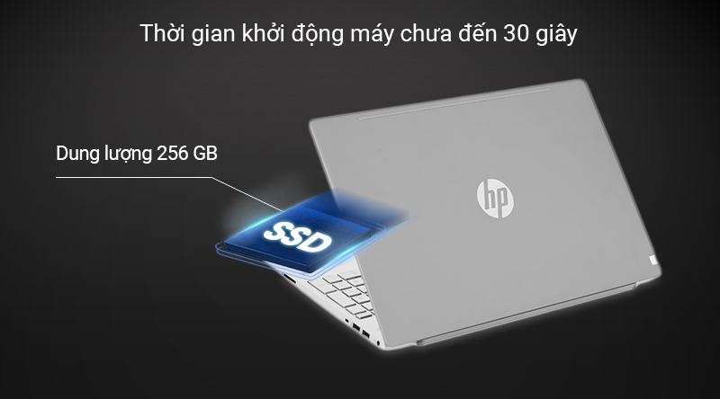 Ổ cứng SSD 256 GB cho tốc độ khởi động máy chỉ trên dưới 15 giây