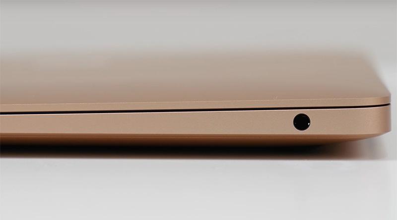ack 3.5 mm vẫn được giữ lại trên MacBook Air 2020