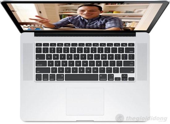 Bàn phím chiclet và touchpad vượt trội của MacBook Pro MC975
