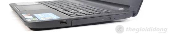 Cạnh phải Dell Inspiron 14 N3421 là ổ DVD Super Multi Double Layer đọc/ghi, USB 2.0 và không có cổng VGA