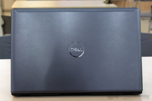 Thiết kế sang trọng, cao cấp của Dell Vostro 5560