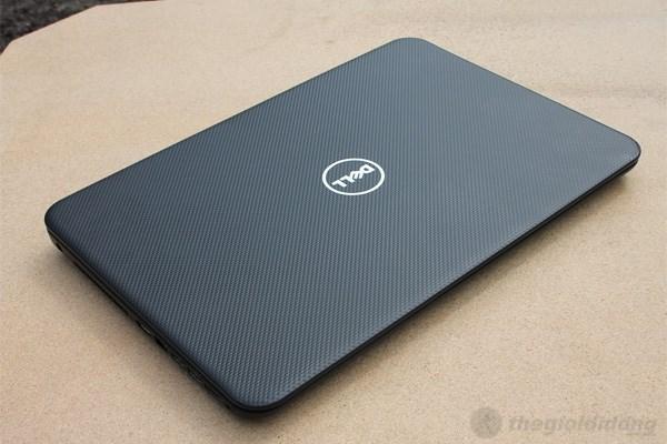 Mặt sau của Dell Inspiron 3521
