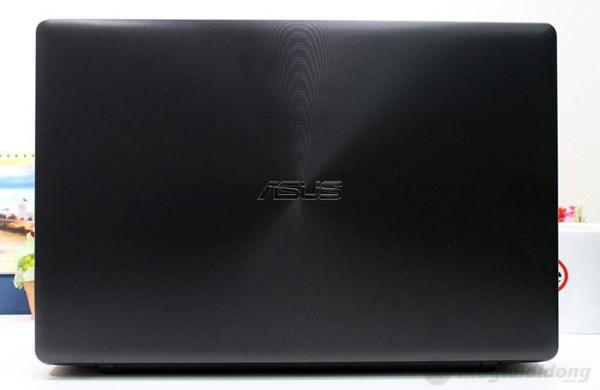 Vỏ máy độc đáo của Asus X550LC