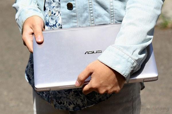 VivoBook S200E dễ dàng di chuyển
