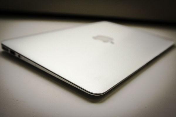 Apple Macbook Air 13inch 2014 siêu mỏng