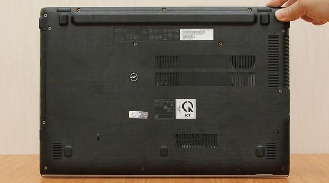 Pin máy được thiết kế liền luôn thân máy
