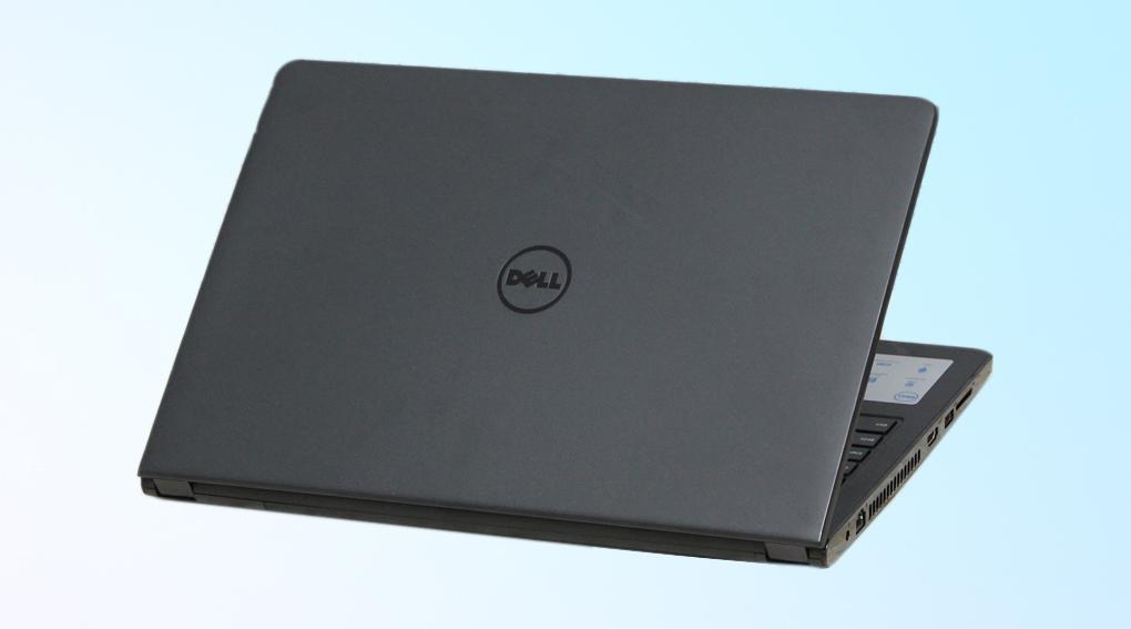 Mặt lưng với phong cách thiết kế quen thuộc của hãng Dell