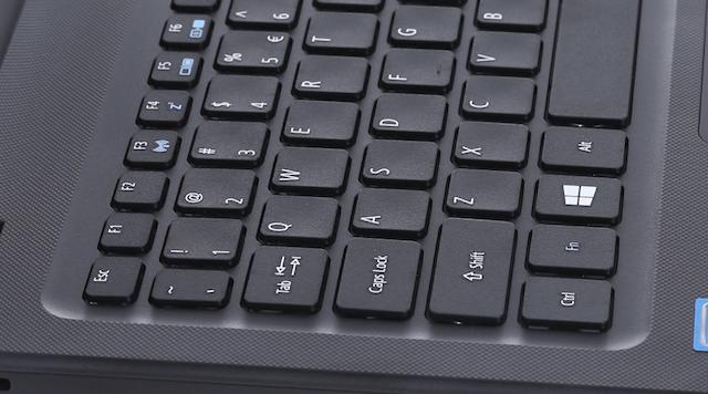 Acer ES1 533 N4200 - Bàn phím được làm nổi cao tạo độ nảy tốt