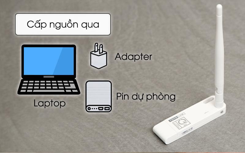 Bộ Mở Rộng Sóng Wifi Cổng USB Totolink EX100 trắng được cáp nguồn qua nhiều thiết bị khác nhau