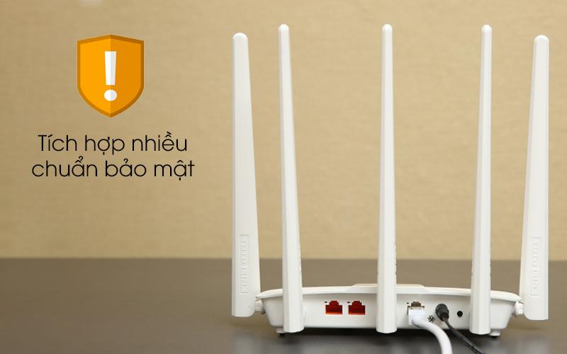 Bộ phát sóng Wifi Router chuẩn AC1200 Băng Tần Kép Totolink A810R trắng có nhiều chuẩn bảo mật