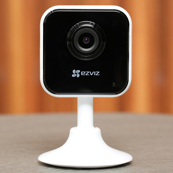 Camera IP 1080P Ezviz CS-C1HC (D0-1D2WFR) Trắng