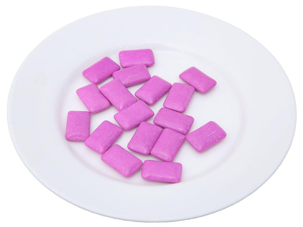 Kẹo gum không đường Lotte Xylitol hương Blueberry Mint hũ 26.1g 4