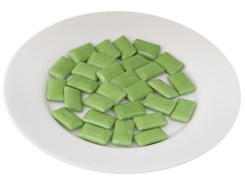 Kẹo gum không đường Lotte Xylitol hương Lime Mint hũ 58g 4
