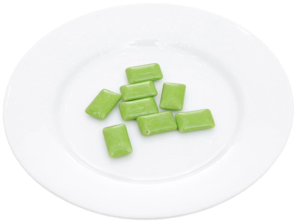 Kẹo gum không đường Lotte Xylitol hương Lime Mint vỉ 11.6g 4