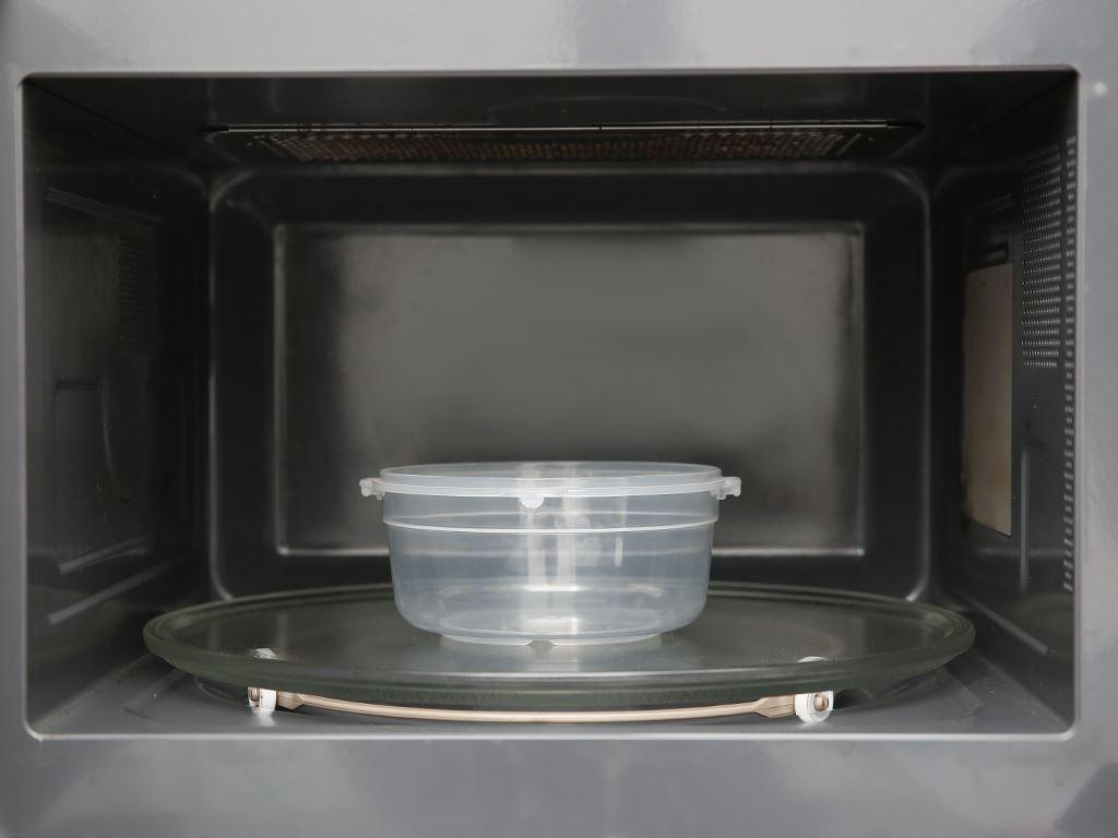 Hộp nhựa tròn JCJ HN008 650 ml 5