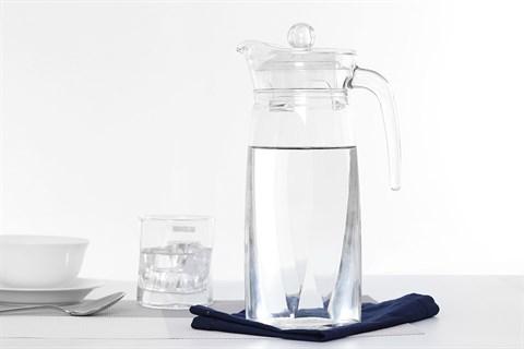 Bình đựng nước thủy tinh 1.3 lít Luminarc Flame 1.3 lít