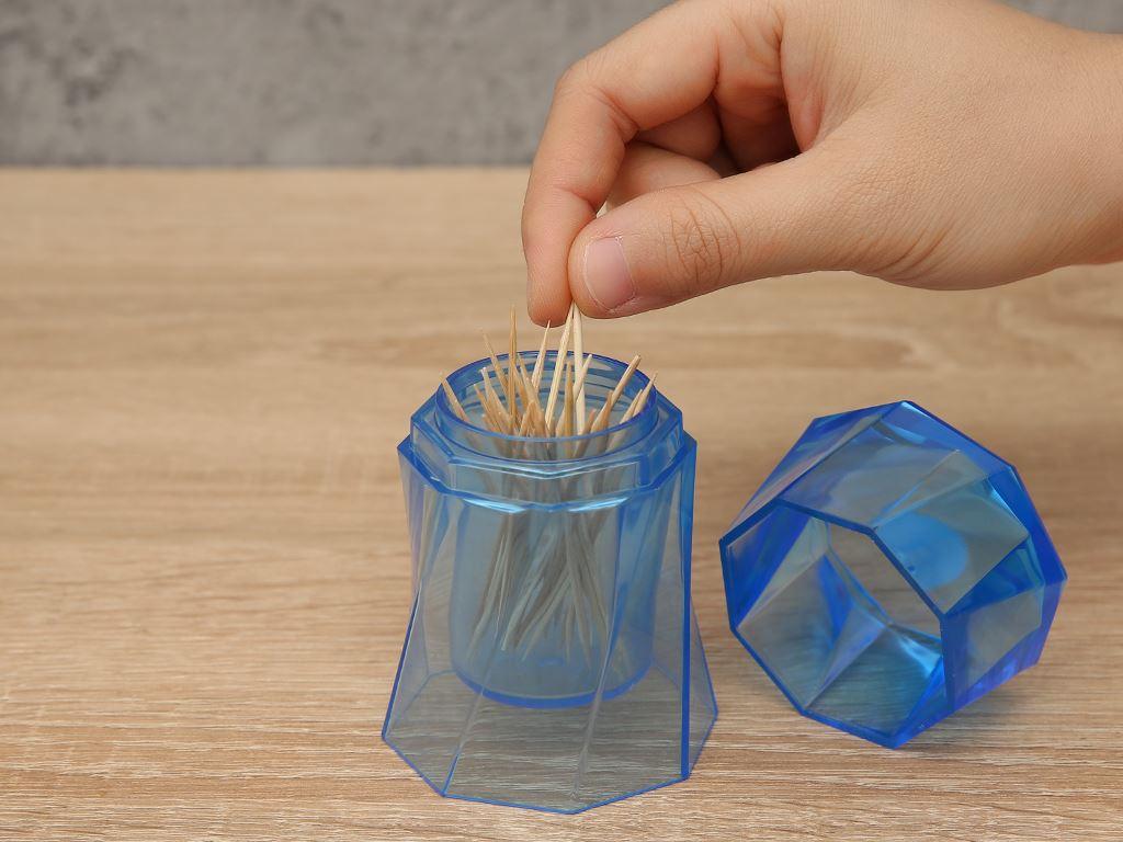 Hũ đựng tăm nhựa Duy Tân 9cm (giao màu ngẫu nhiên) 5