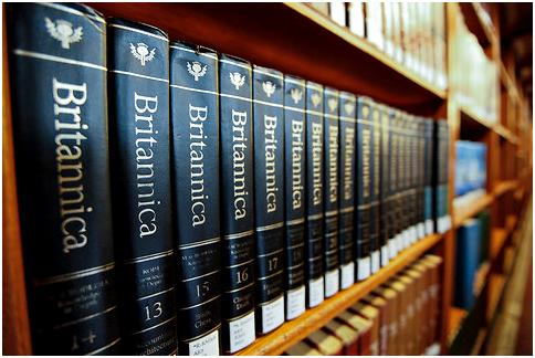 Máy được trang bị từ điển Britannica_bách khoa toàn thư bằng tiếng Anh lâu đời nhất thế giới